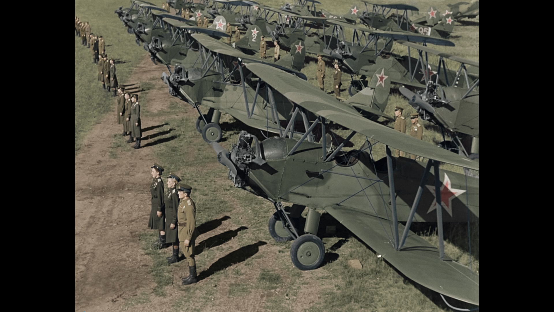 «Небесный тихоход», военная комедия (1945 г., реж. Семен Тимошенко)