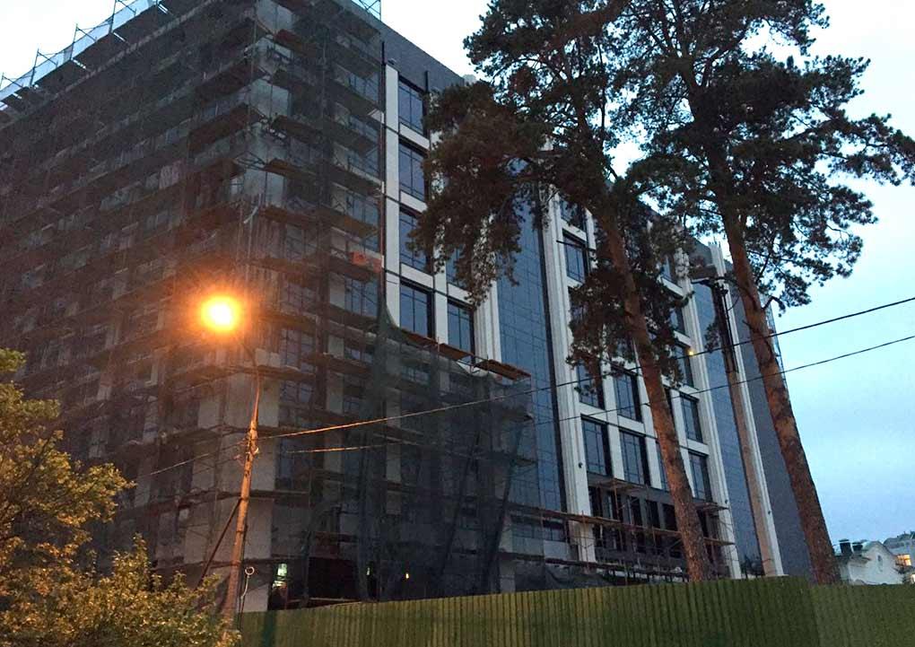 Культурно-административное здание на Неделина 6А