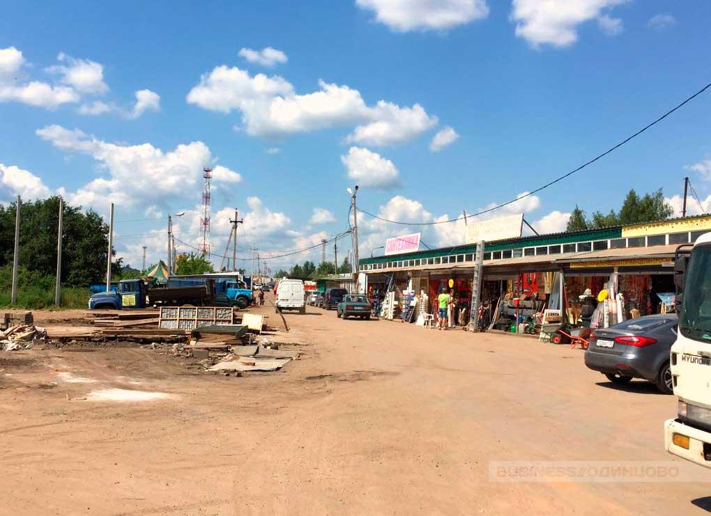 несанкционированный строительный рынок в Звенигороде