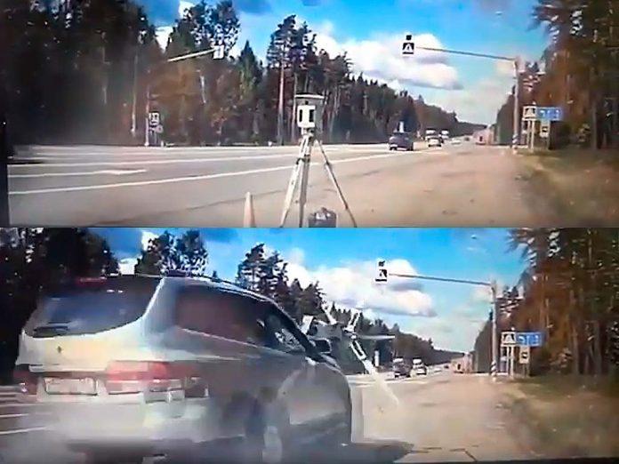 Автомобиль сбил треногу в Одинцово