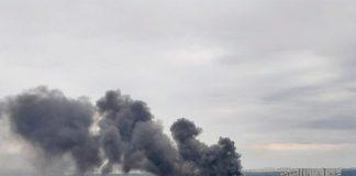 Пожар в Одинцово: горит здание на Баковской ул.