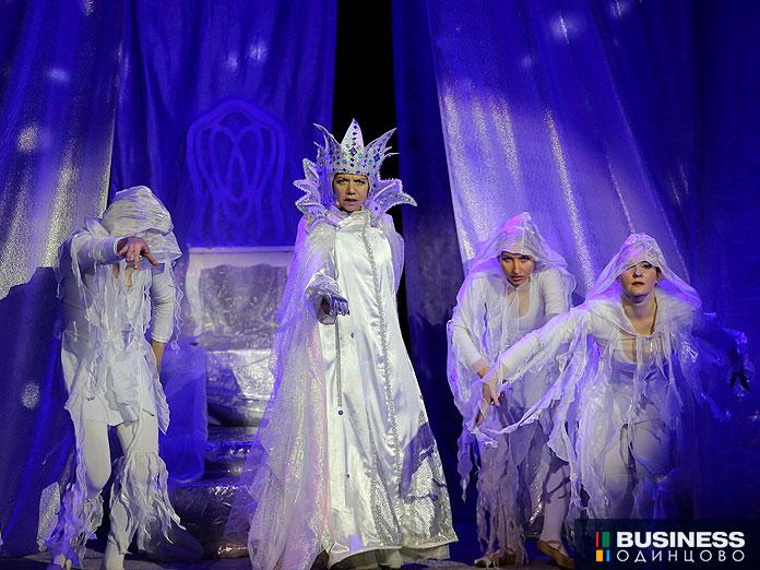 Спектакль Снежная королева в «Барвиха Luxury Village»
