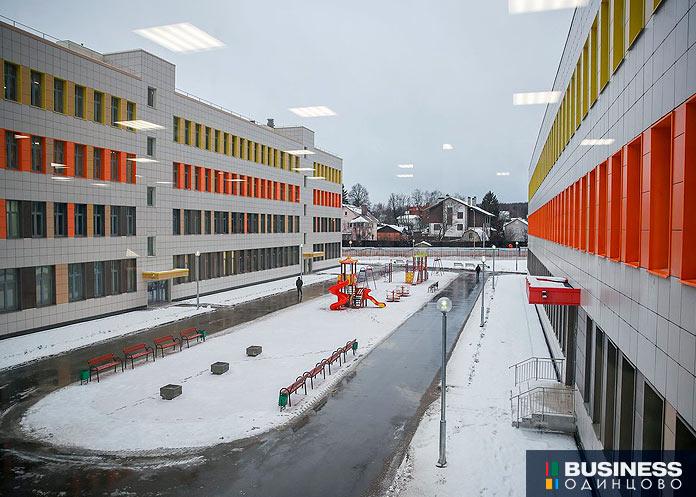 Новая школа в ЖК Сколковский. Фото: 360