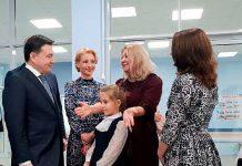 Андрей Воробьёв на открытии школы. Фото: 360