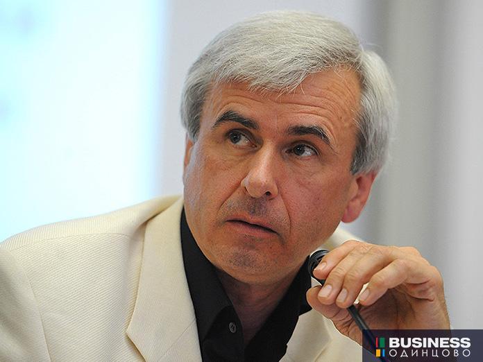 Экс-министр транспорта и первый зампред думского комитета по госстроительству и законодательству Вячеслав Лысаков