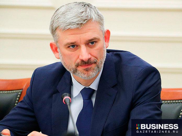 Дитрих Евгений Иванович – Министр транспорта Российской Федерации,
