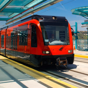 Поезд на линии ЛРТ (примерное изображение)